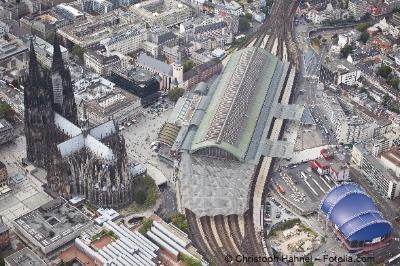 Bild von D´r Zoch kütt - Kölner Hauptbahnhof unter der Lupe