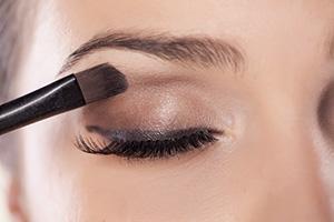 Bild von Festliches Augen-Make-up ohne Reue – Darauf sollten Sie achten