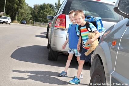 Bild von Vorsicht auf der Straße – Kinder sehen den Verkehr anders